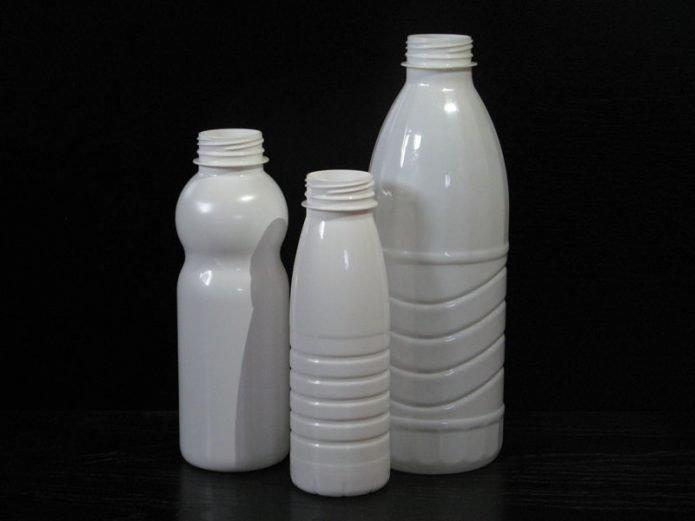 post_5bbd84b0d0b12-695x521 Кормушка для птиц из пластиковой бутылки