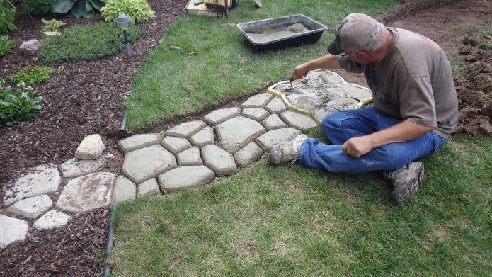 Укладка цементной смеси