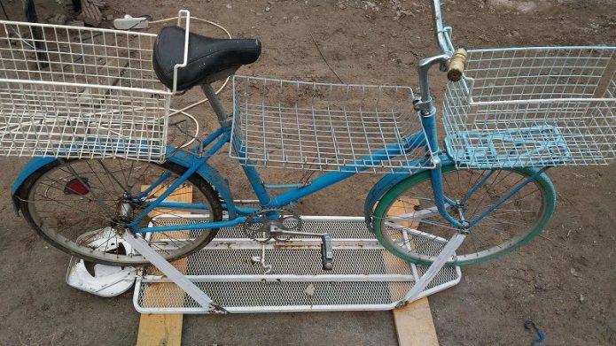 Велосипед на гладильной доске