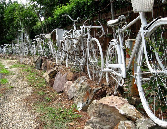 Забор из велосипедов