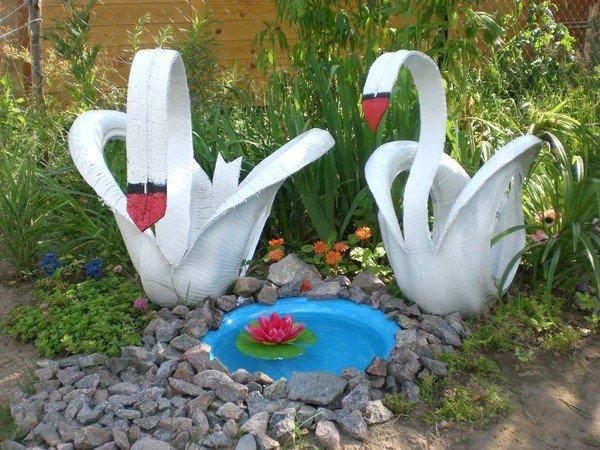 Лебеди из старых шин