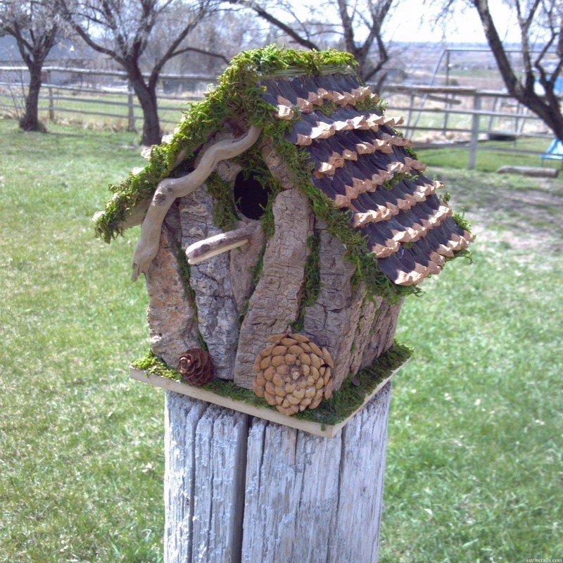 Домик для птиц из коры