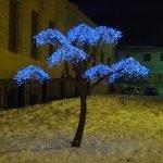 Дерево с подсветкой