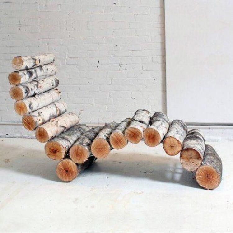 Кресло из берёзовых брёвен
