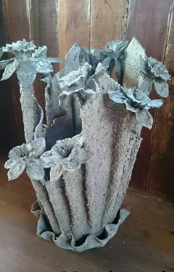 Ваза с цветочками