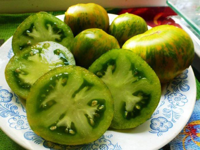 Плоды томата Малахитовая шкатулка