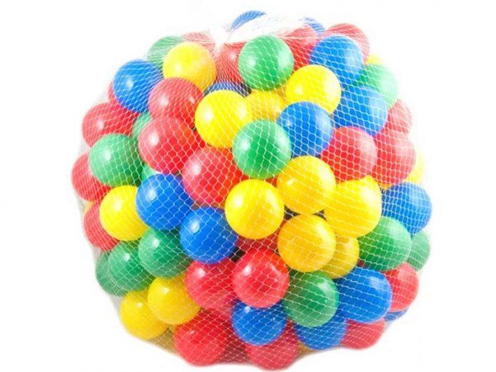 Пластиковые шары для облегчения больших гипсовых поделок