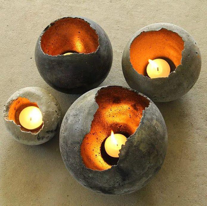 Готовые шары из цементной смеси