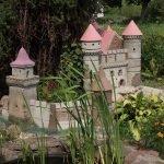 Замок из цементной смеси для декора сада