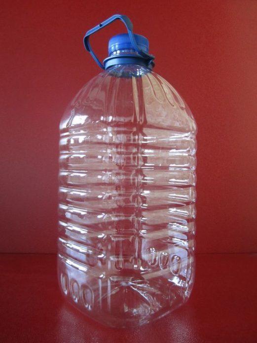 Пятилитровая бутылка