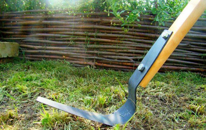 Скашивание травы плоскорезом