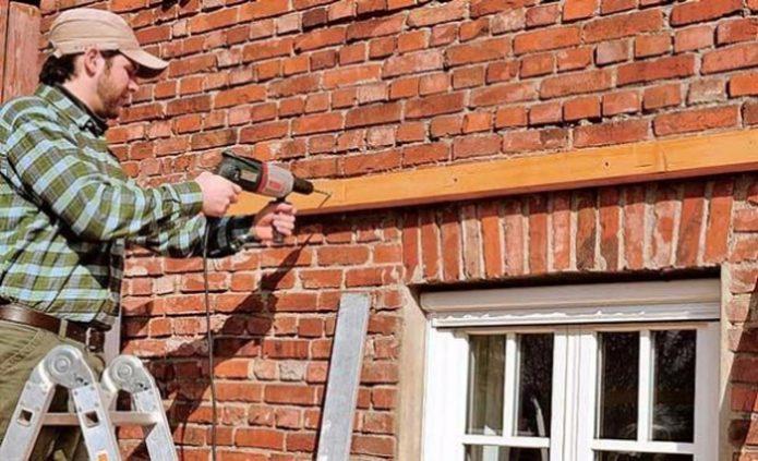 Прикрепление бруска к стене