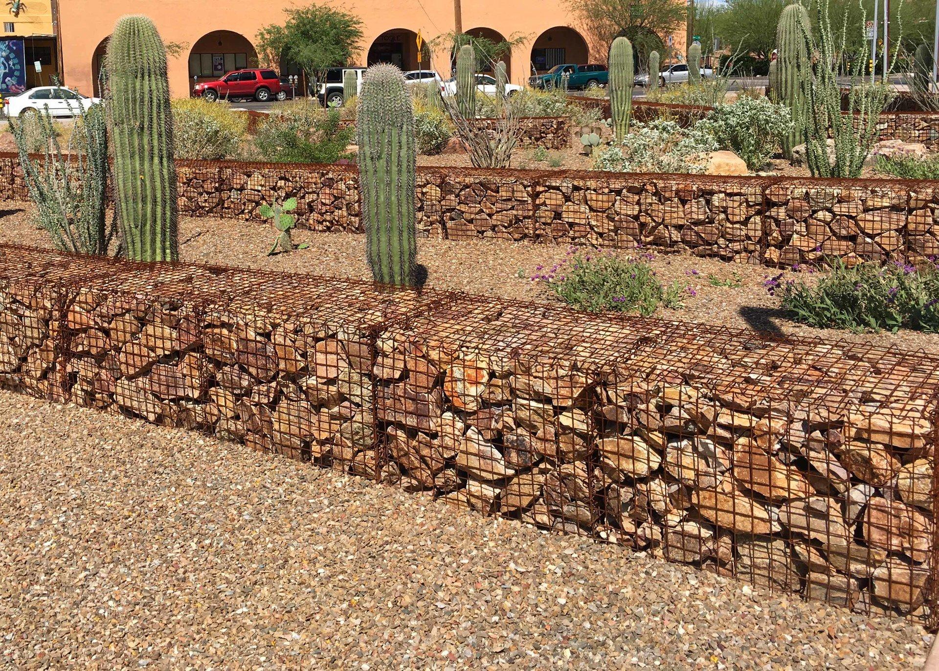 декоративный забор из камней на даче фото говорил марк твен