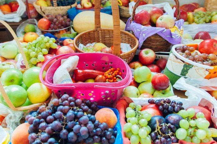 Фрукты и овощи для освящения