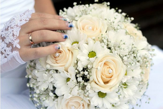 свадебный букет ромашки