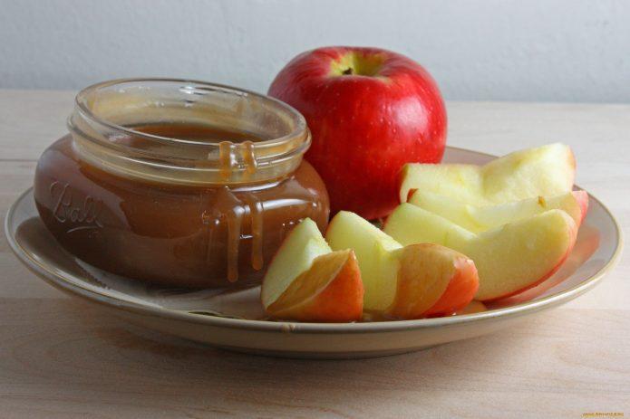 Повидло и яблоки