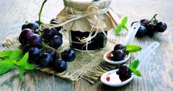 Вкусное варенье из винограда может приготовить каждый