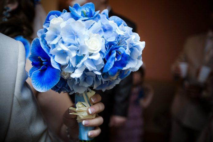 маленький синий букет