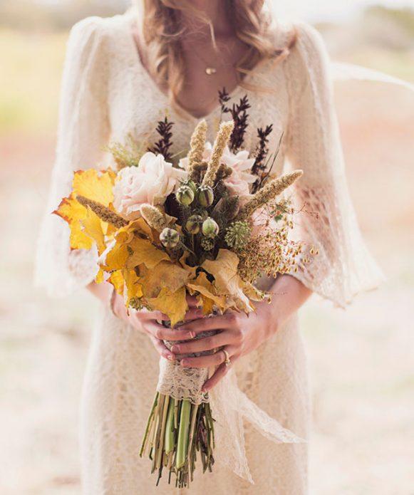 Платье невесты простого кроя