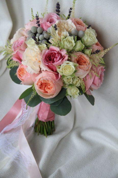 Букет невесты с лентой