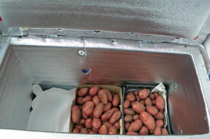 Овощи в коробках