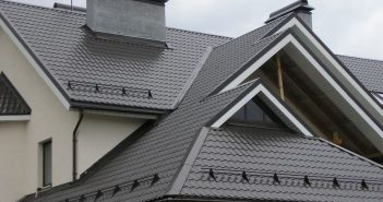 Крыша со снегозадержателями
