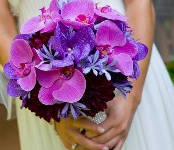 Фиолетовый букет невесты: выбор цветов, сочетание, идеи по оформлению, фото