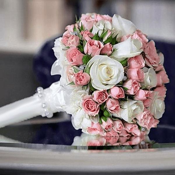 Свадебный букет с портбукетницей