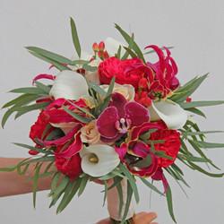 Цветочная композиция с каллами